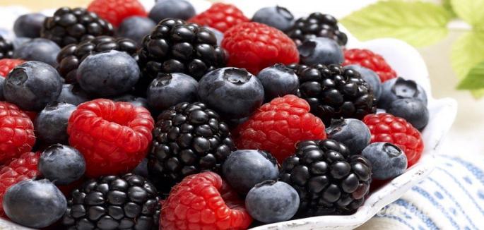 berries and viegar 840x400